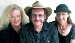 peter coad & the coad sisters ...pic  3 compressed.jpg
