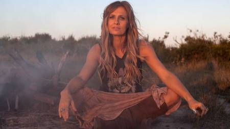 Kasey Chambers: Campfire Tour