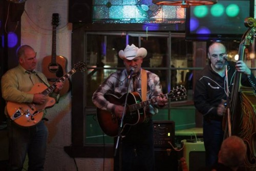 COLD HEART playin' Grand Ol Opry style of Honky Tonk @ Oak Tree Tavern